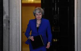 Telegraph: некоторые спонсоры отказались финансировать консерваторов до ухода Мэй