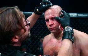 Федор Емельяненко избежал тяжелых травм по итогам боя с Бейдером