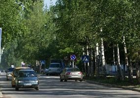Узкие чистые улочки. Фото города Мирный.