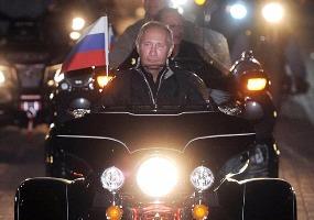 За рулем Harley Davidson. Владимир Путин.