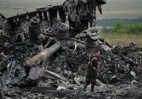 На Украине сбит самолет Boeing-777 «Малайзийских авиалиний». Война в Донбассе. Донбасс в огне.