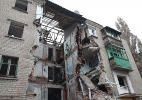 Последствия украинских обстрелов. Война в Донбассе. Донбасс в огне.